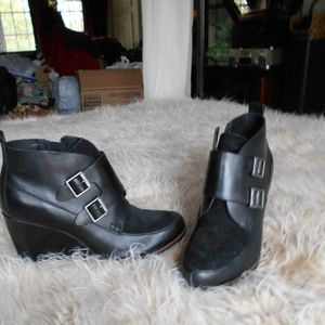 Kork's Wedge shoes new without tags leather